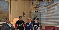 Evini Şehit Ailesine Bağışlayan Sıva Ustasına Hava Kuvvetleri Komutanından Sıcak Karşılama