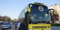Fenerbahçe kafilesi, Bursaya tatlı yiyerek geldi- Ek fotoğraflar