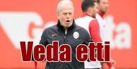 Galatasaray'da Mustafa Denizli veda etti; Bir dönem daha bitti