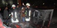Gaziantepte seyir halindeki otomobil yandı