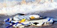 Göçmen botu battı: 15 kayıp