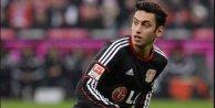Hakan Çalhanoğlu'nun golü Leverkusen'e tur atlattı