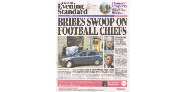 İngiliz basını: Rüşvet futbol şeflerinin üstüne çullandı
