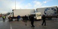 İşçi minibüsü TIRa çarptı: 8 yaralı