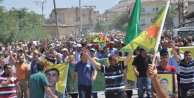 IŞİDle girdiği çatışmada ölen YPGli Eye, Derikte toprağa verildi