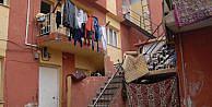 İzmirde, Parktan Topladıkları Mantarı Yiyen 14 Suriyeli Zehirlendi (2)