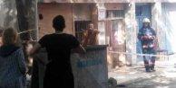 Kadıköy'de marangoz çıldırdı: Dükkanını ateşe verdi