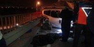 Kamyonet, TIRa çarptı: 1 ölü, 1 yaralı