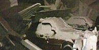 Kar Kütlesiyle Tavan Çöktü, 20 Araç Hasar Gördü