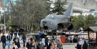 Karabük Üniversitesinde savaş uçağı sergilenecek
