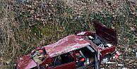 Karabükte otomobil tarlaya uçtu: 4 yaralı