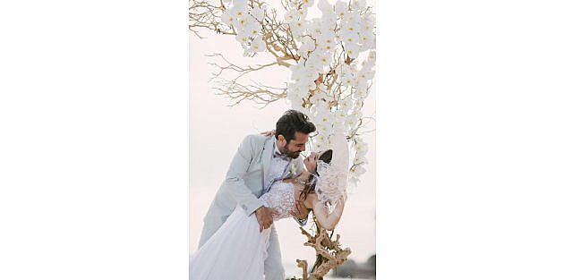 Kenan Doğulu:  Düğünümüzle İlham Verdiğimiz Romantiklere Teşekkürler
