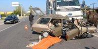 Kırmızı Işıkta Durmayan Kamyon Otomobili Ezdi:3 Ölü
