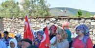 Kocaoğlu'ndan Kınıklı madenci ailelerine yıldönümü ziyareti