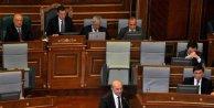 Kosovada gensoru önergesi reddedildi