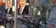 Küçükçekmecede Ak Parti Seçim Bürosuna  saldırı