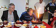 Manisasporda Taşkına Sürpriz Doğum Günü Pastası