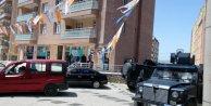 Mardin'de AK Parti seçim bürosuna bombalı saldırı