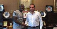 Medicana Sivasspor, Burkina Fasolu Kone ile anlaştı