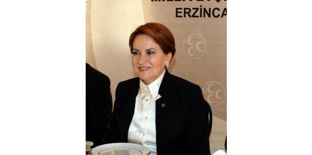 MHPli Meral Akşener: Umarım sağduyu ve hukukun üstünlüğü hakim olur