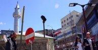 Midyeci 'imama uydu', erik satıyor