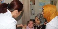 Mülteci ailelerin çocukları aşılandı