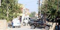 Nusaybinde polis kazılan hendekleri kapatmaya başladı