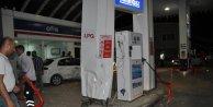 Otomobil LPG pompasına çarptı: 1 yaralı