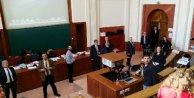 Paris Büyükelçisi Hakkı Akile boyalı saldırı