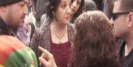 Pervin Buldan, polisle Öcalan posteri yüzünden tartıştı - ek fotoğraf