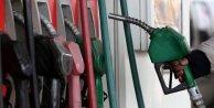 Petrol fiyatları düşünce savaş senaryoları arttı