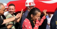 Şehit Binbaşı Kulaksızı asker selamıyla uğurlayan eşi Sibel: O benim Arslanım, bütün milletin Arslanı/ ek fotoğraflar
