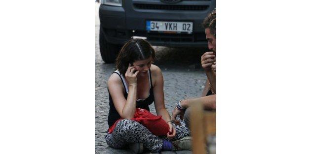 Sığınmacıları polise karşı kışkırttığı öne sürülen 5 kişinin durumu..