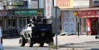 Silopide TIRla yol kapatan PKKlılar polise ateş açtı