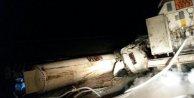 Sıvı oksijen yüklü tanker devrildi: 1 yaralı