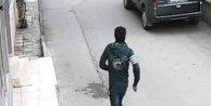 Suriyeli kapkaççı, montundaki işaretten yakalandı