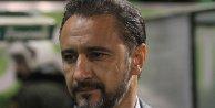 Taraftar Bursa maçı faturasını Pereira'ya kesti.