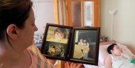 Tedavisi olmayan kızını iyileştirecek ilacın bulunmasını bekliyor