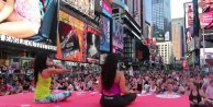 Times Meydanı'nda Yoga Zamanı