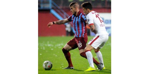 Trabzonspor-Galatasaray Maç ek Fotoğrafarı