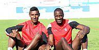 Trabzonsporlu Yatabare Ve Constanttan Değerlendirme