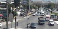 Trafik ışıklarında pompalı dehşet: 3 yaralı (2)