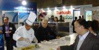 Türk balık ihracatçıları Brükselde 5 bin porsiyon balık dağıttı