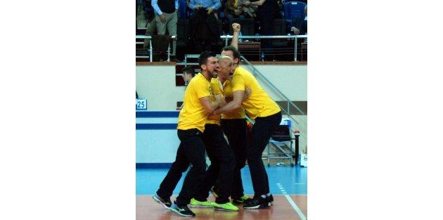 Vakifbank - Fenerbahçe Grundig Ek Fotoğrafları