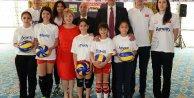 Voleybol Federasyonu, Amway ile sponsorluk sözleşmesini uzattı