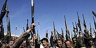Yemende Husiler darbe yaptı yönetime el koydu