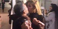 Ünlü manken öpüşme olayına açıklık getirdi