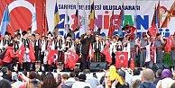 """Çocuklar Sarıyer'de 23 Nisan'da """"barış"""" diledi"""