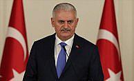 Başbakan Yıldırım: Aziz milletimiz bugün de demokrasisine sahip çıkmaktadır