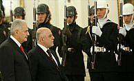 Başbakan Yıldırım, İbadi'yi resmi törenle karşıladı